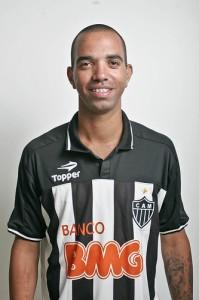 diego tardelli oficial 199x300 Resultado da enquete   Diego Tardelli