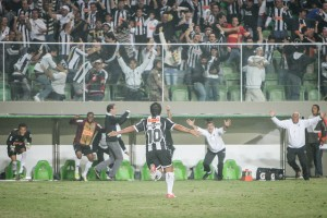 gol x inter bruno cantini 300x200 A Nossa Nação