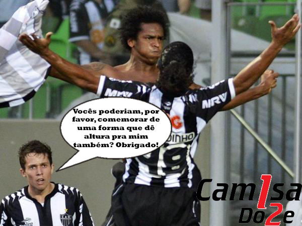 bernard Bernard contra Jô e Ronaldinho