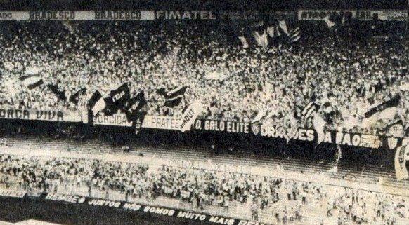 torcida anos 70 VOU DE CARAVANA   O MENDIGO A CAMINHO DE SÃO PAULO