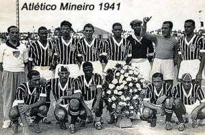 1941 300x198 A CAMISA MAIS BONITA NA HISTÓRIA DO CLUBE ATLÉTICO MINEIRO (8ª FASE   1908/1948)