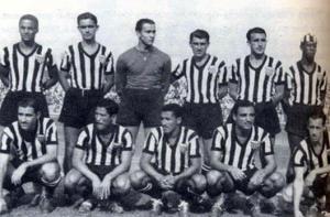 1949 300x197 A CAMISA MAIS BONITA NA HISTÓRIA DO CLUBE ATLÉTICO MINEIRO (7ª FASE   1950/1959)