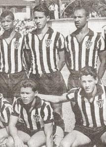 Foto89 215x300 A CAMISA MAIS BONITA NA HISTÓRIA DO CLUBE ATLÉTICO MINEIRO (6ª FASE   1960/1969)
