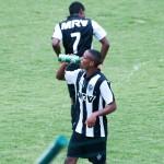 2015-10-28 - Galo 2x0 Figueirense Sub20 (96)